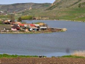 Lacul Suatu